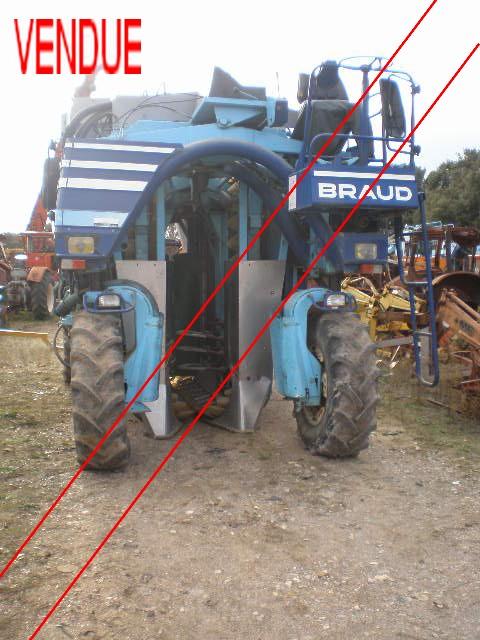 John Howard Nissan >> FERT DEMOLITION PIECES AGRICOLE - Valréas Machine à ...